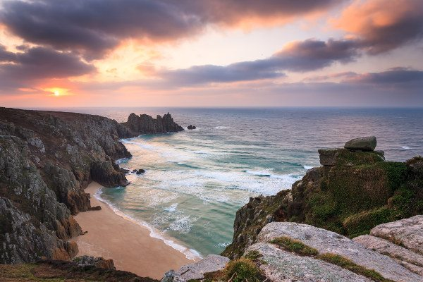 Last minute deals in devon and cornwall